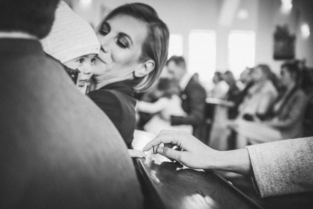 chrzest-swiety-wroclaw-maslice-okonasznurku (9)